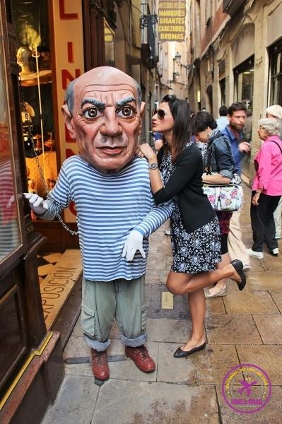boneco Pablo Picasso em Barcelona