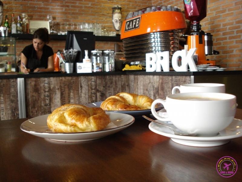 Breakfast - Café da manhã