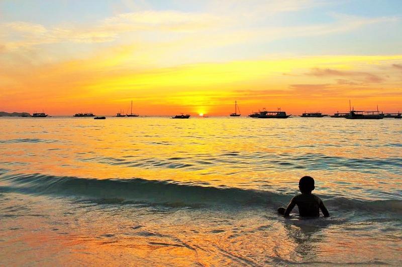 Boracay Philippines 3 (2).jpg