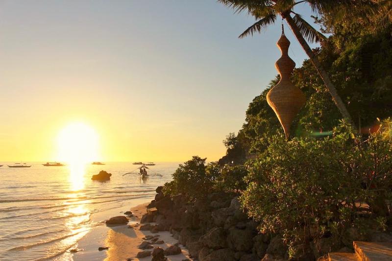 Boracay Philippines sunset.jpg