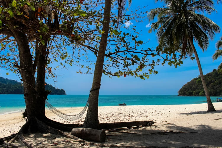 Secluded beaches and crystal clear water! Top Things to do in Langkawi, Malaysia. Enjoy the island by air, water & land!