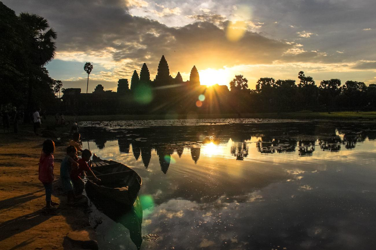 Best way to visit Angkor Wat » Sunrise to Sunset - Love & Road