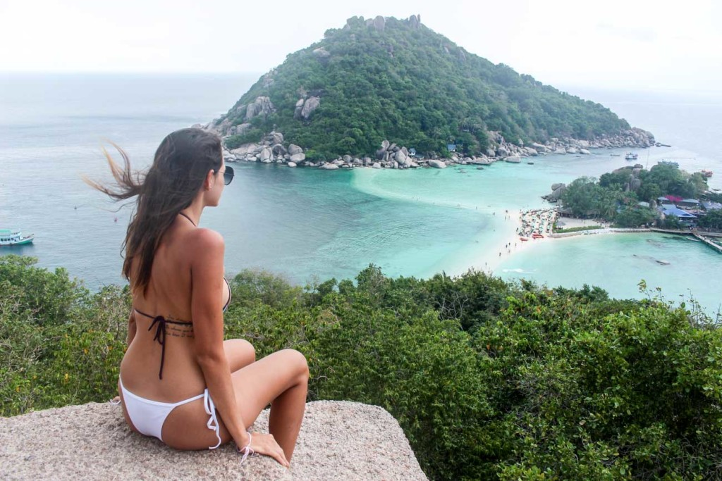 Do you want to know how much does it cost to travel in Thailand? We share our travel tips so you can enjoy islands like Koh Tao.
