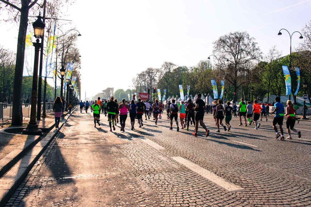 Paris Marathon Review: Champs Elysee the beginning of the race course! Training and travel tips to Paris Marathon!