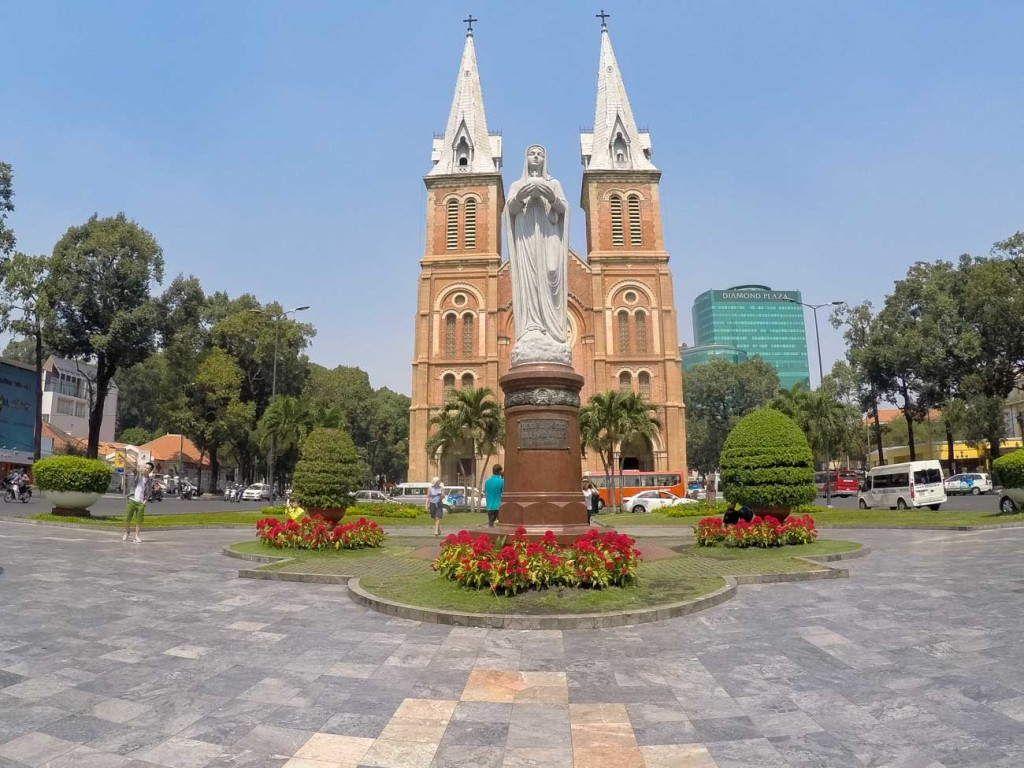 Notre Dame Cathedral is in the heart of Saigon, and it´s one of the top attraction in Ho Chi Minh