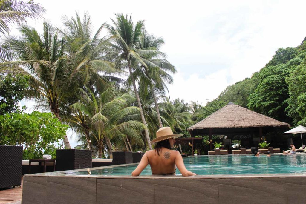 If you get tired of so many things to do in El Nido, take your time and relax by the pool at Pangulasian Island Resort, pamper yourself with luxurious service.