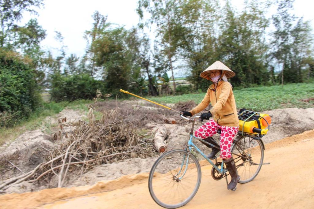 Locals we meet on our Hoi An Vespa Tour!