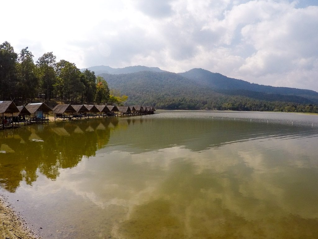 What to do in Chiang Mai on a sunny day? Refresh yourself at Huay Tung Tao lake.
