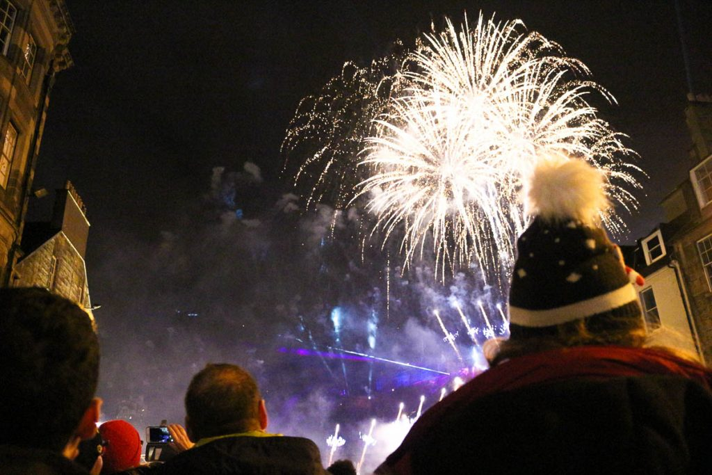 During the Hogmanay Celebration stay in a place where you can see the Edinburgh Castle so you will be able to enjoy the majestic firework spectacle.