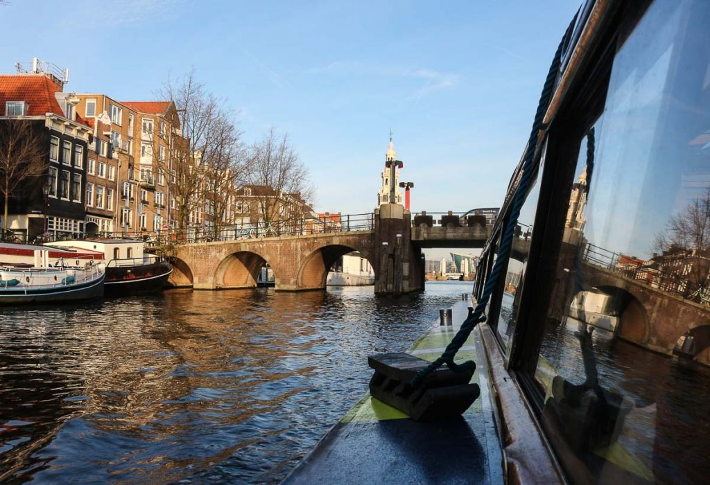 A boat tour is a must in Amsterdam Winter. During your 3 days in Amsterdam you can enjoy the city's canals!