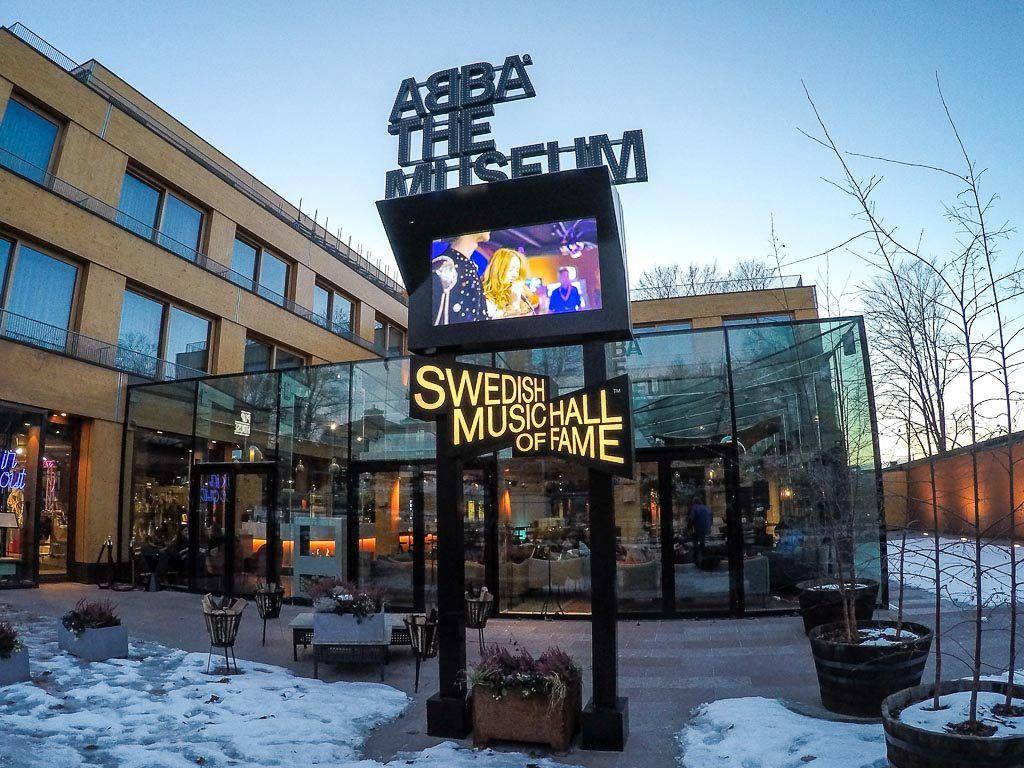 Para quem curte música na viagem para Estocolmo não pode faltar uma visita ao Museu do ABBA.