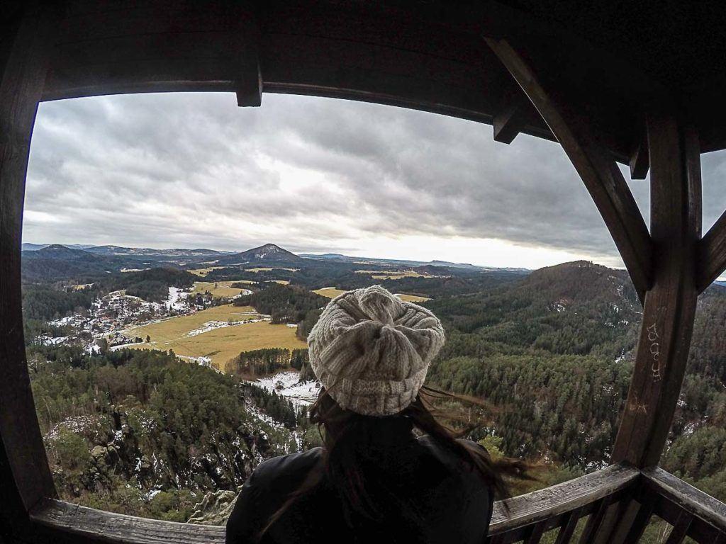 Nossa viagem para a República Tcheca foi no inverno, e mesmo com frio e neve conseguimos aproveitar muito o paraíso da Boêmia.