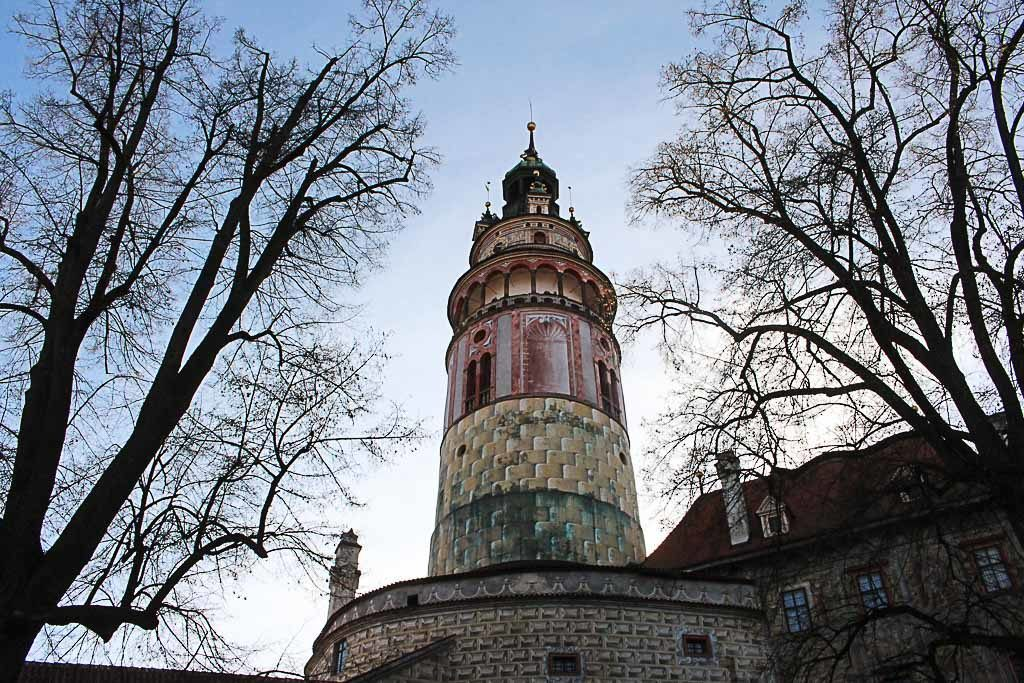 The Český Krumlov Castle tower is one of teh main attractions of the city and you must visit it.