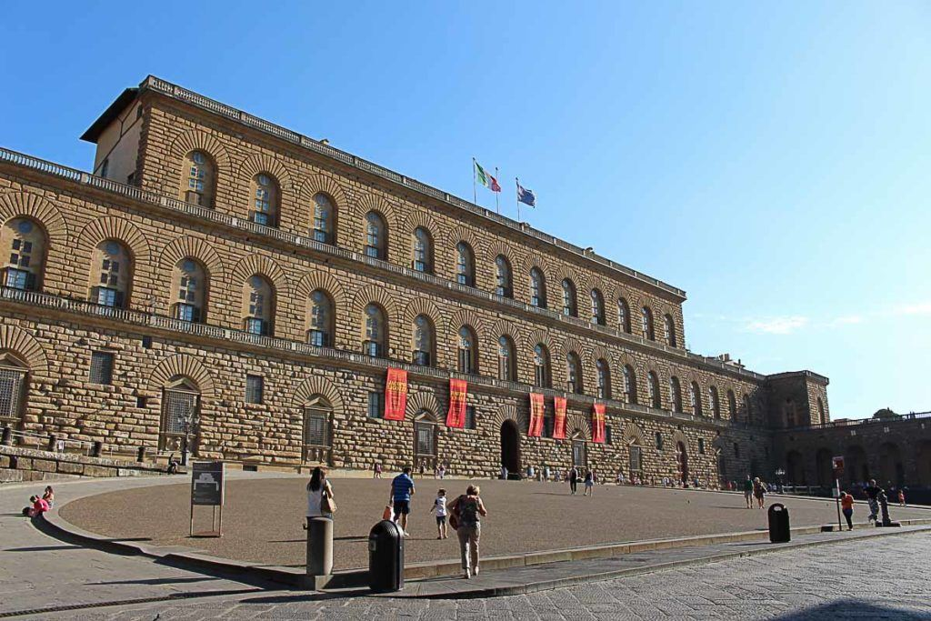 Your one day in Florence itinerary must have a visit to Palazzo Pitti, the galleries and the garden. You can book all the tickets online and in advance.