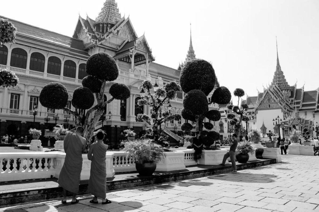 O que você precisa saber para viajar para a Tailândia em outubro e participar da cerimônia de cremação do rei.