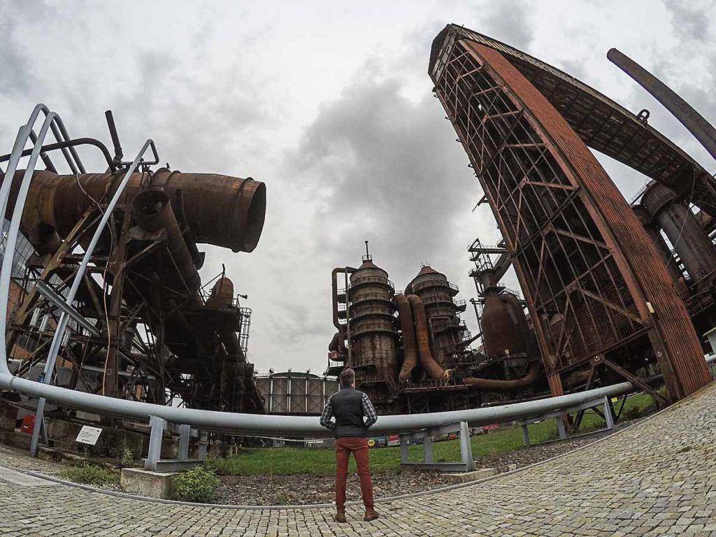 O primeira atração da nossa lista do que fazer em Ostrava é o complexo industrial Dolni Vitkovice, um lugar incrível na República Tcheca.