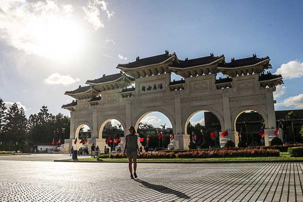 O Memorial Nacional de Chiang Kai-shek é um dos lugares mais visitados em Taipei.