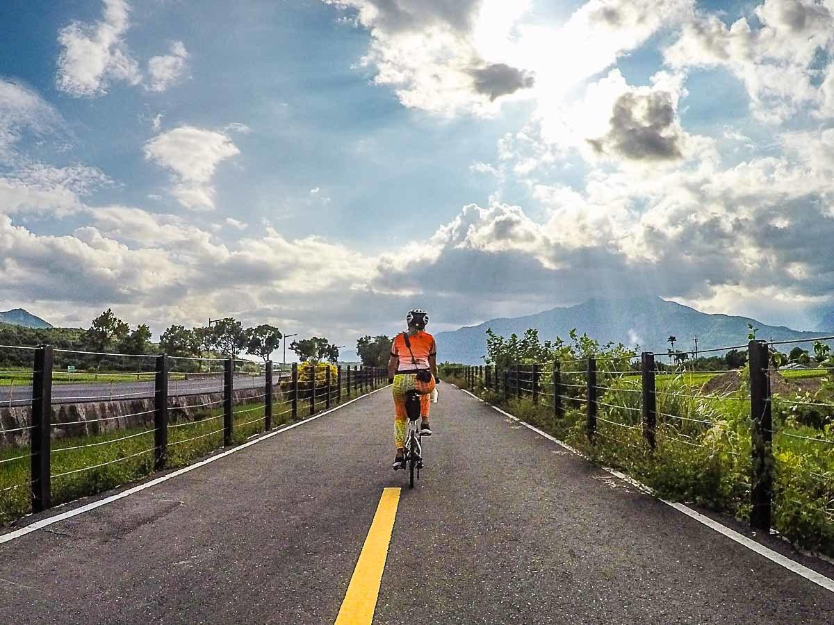 Cycling in Taiwan: Best Routes and Travel Tips