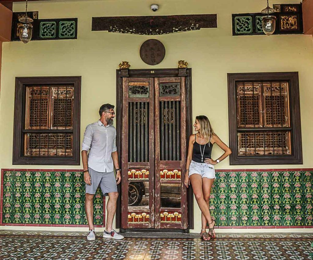 One of the top things we did in Karon Beach was a day tour to the Phuket town, we loved the Chino-Portuguese architecture we found there.