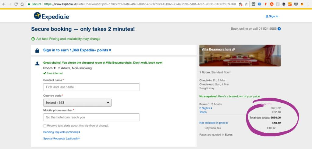 Expedia website doesn't offer great discounts on top romantic Hotels in Paris, France.