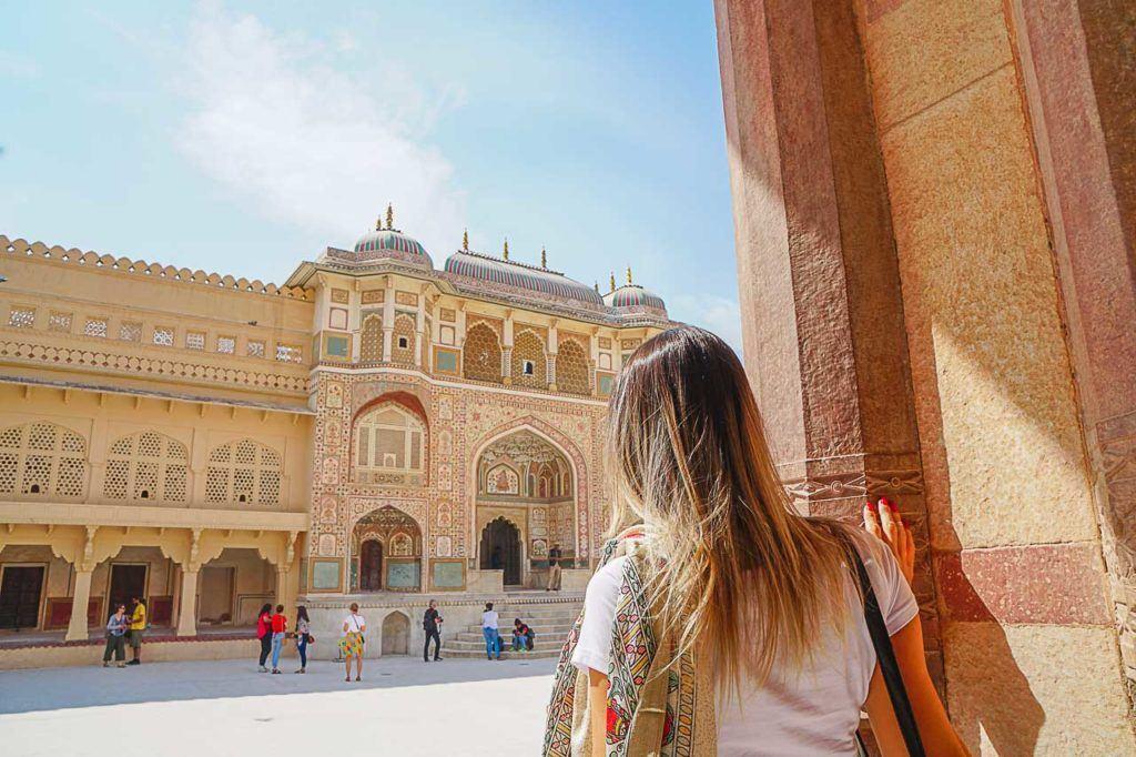 O Forte Amber é uma das atrações em Jaipur que você precisa visitar. E foi muito legar estar lá com o Palace on Wheels pois não tivemos que esperar na fila para entrar.