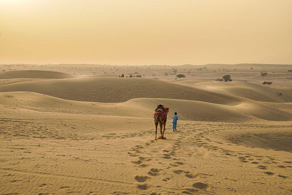 Mais uma experiencia incrível a bordo do trem de luxo Palace on Wheels, visitar o deserto foi maravilhoso.
