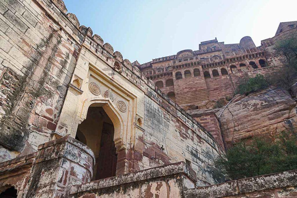 O Forte Mehrangarh é Patrimônio Cultural da Unesco e a entrada faz parte do pacote do Palace on Wheels.