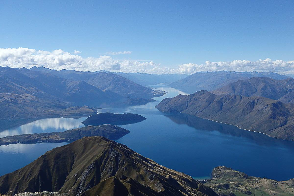 24 Hours in Wanaka: Things to do and Where to Stay - Love & Road