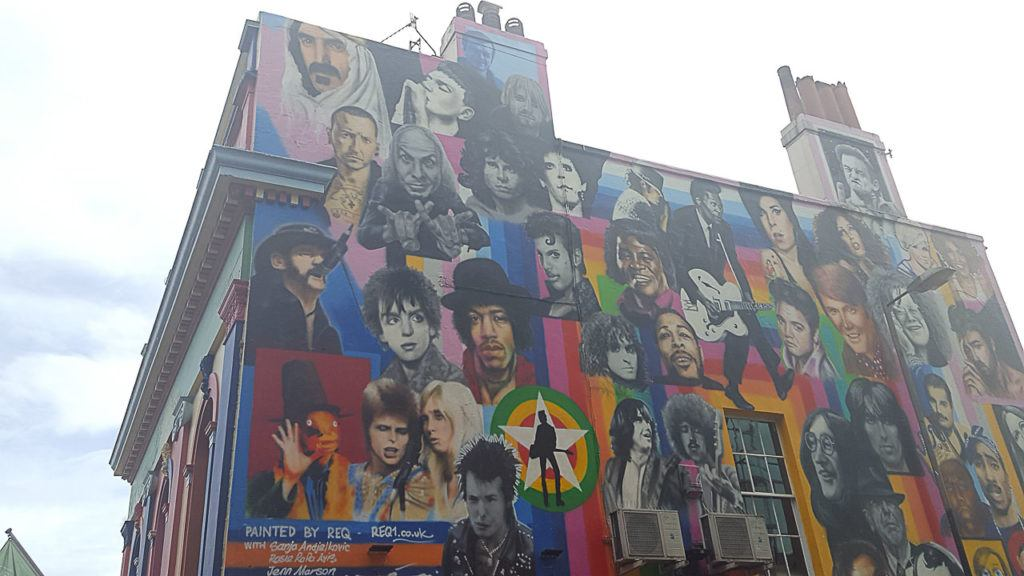 Your Brighton day trip must have a stop at the colourful streets of the town to appreciate some cool street art.