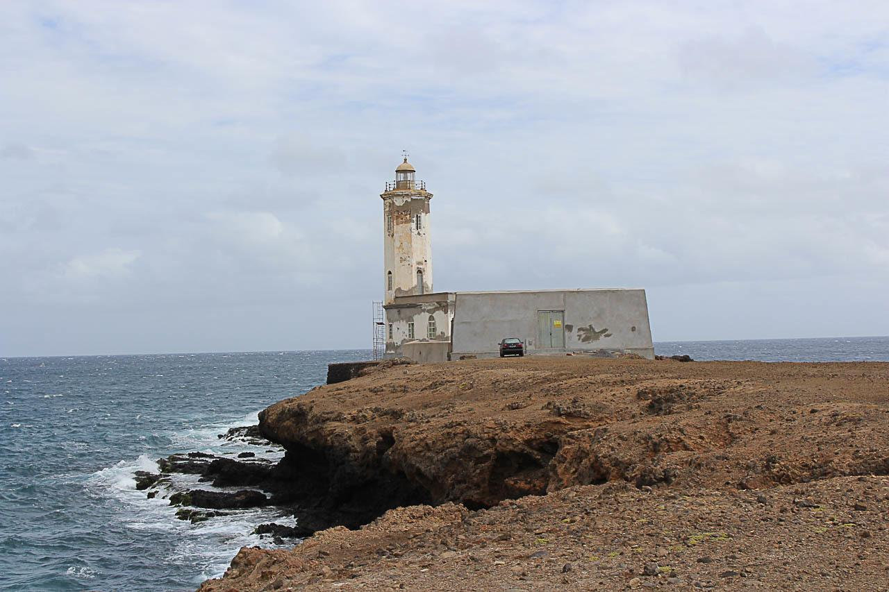 There are many things to do in Santiago, Cape Verde. The island has incredible viewpoints.