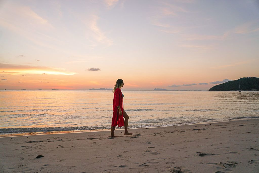 Enjoy the beautiful sunset is just one of the amazing things to do in Koh Samui, Thailand.