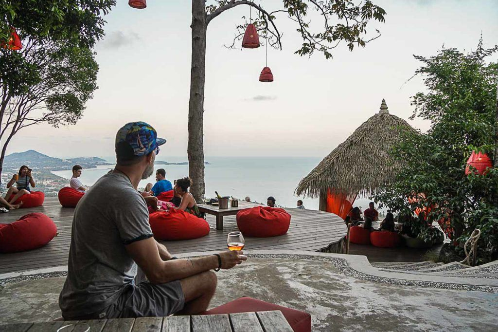 There are some amazing places to eat in Koh Samui, the Jungle Club is one of our favorites.
