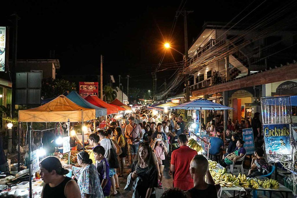 A visit to Koh Samui is not complete without a visit to night market. We loved the Lamai Night Street Market.