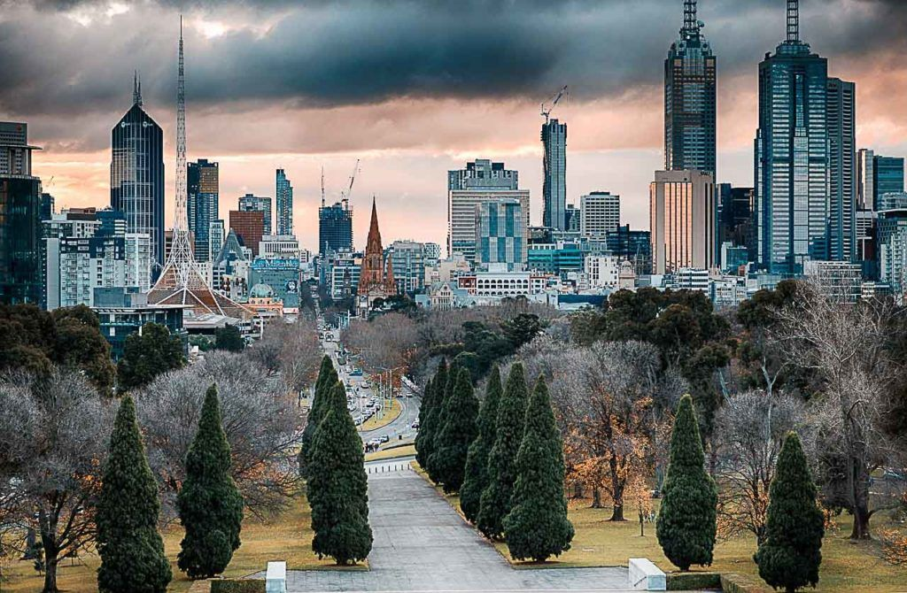There are plenty of fun and free things to do in Melbourne, cheap attractions and activities that can fit even on a tight budge