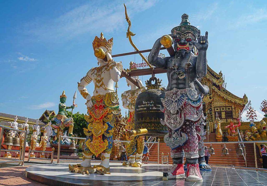 Esta viagem de um dia a Chiang Rai foi especial porque aprendi sobre a religião e cultura tailandesa.