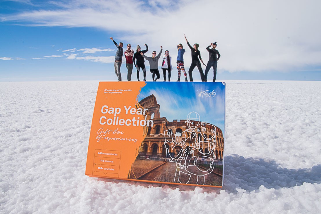 10 Unique travel gifts from USD 20 to USD 2000