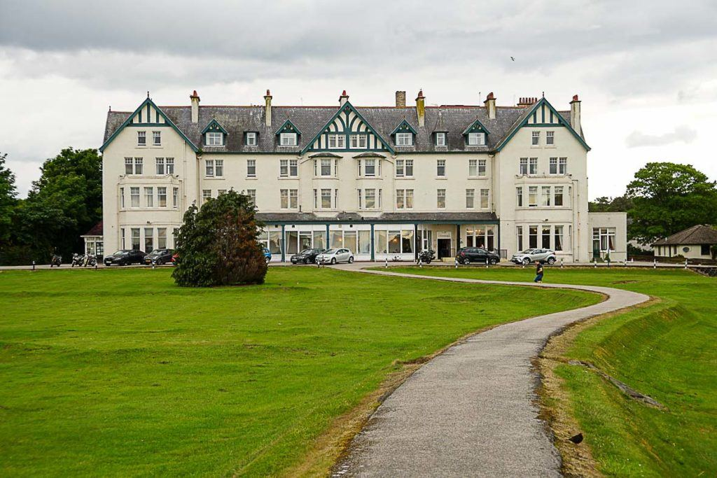 Dornoch Hotel has beach and golf course views.