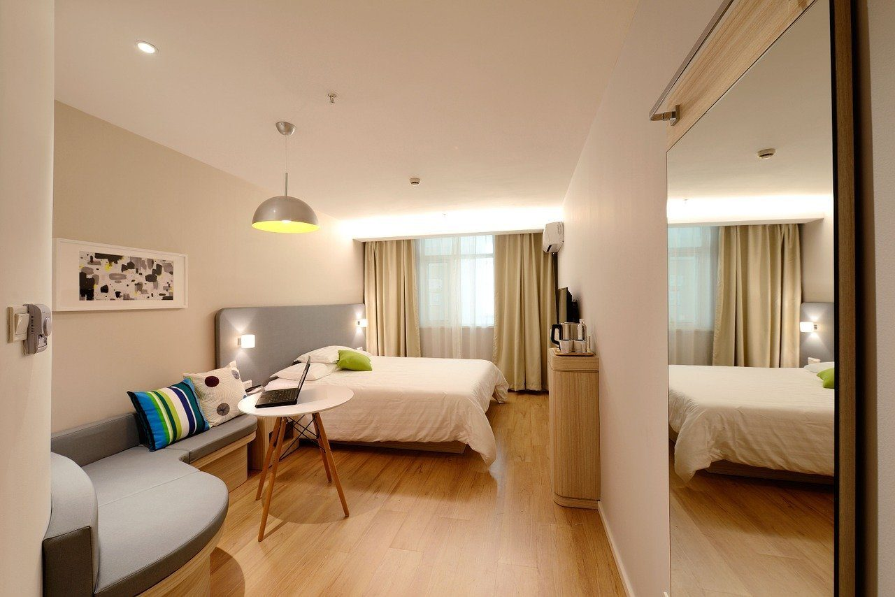 Photo of a hotel in Ayutthaya, the picture is from a bright and modern room.
