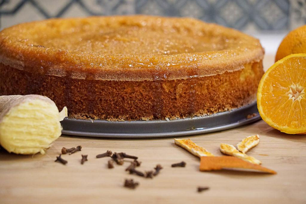 Delicious dairy and gluten free Orange Cake with a ginger touch - Love and Road